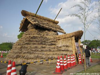 2011年さきたま火祭りの産屋